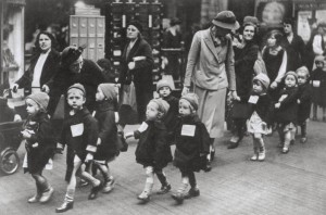 ww2_children_evac_kentish_town