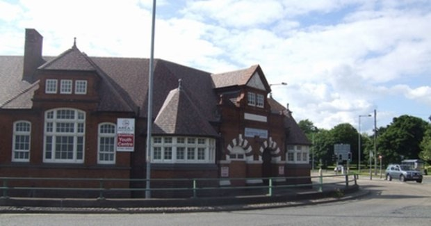 brownhills-youth-centre-670
