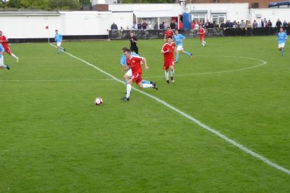 Second half breakaway move by the Wood