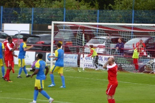 Second half and another near miss for the Wood. Nail-biting time for supporters begins in earnest